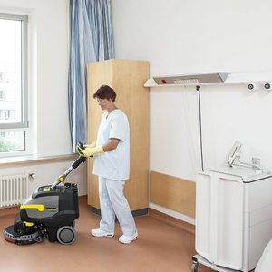 Karcher Small Pedestrian Scrubber Dryer - 380mm